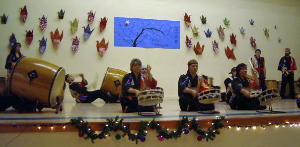 Taiko Styles Class playing Yatai Bayashi (Photo Courtesy Wasna Nark-Kasem)