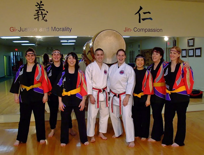 Cat, Joy, Jasmine, ?, the Odaiko, ?, Juni, Diane, and myself after the show.